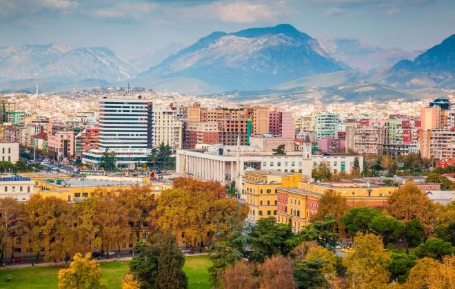 Trente ans après, l'Albanie toujours ignorée (1)